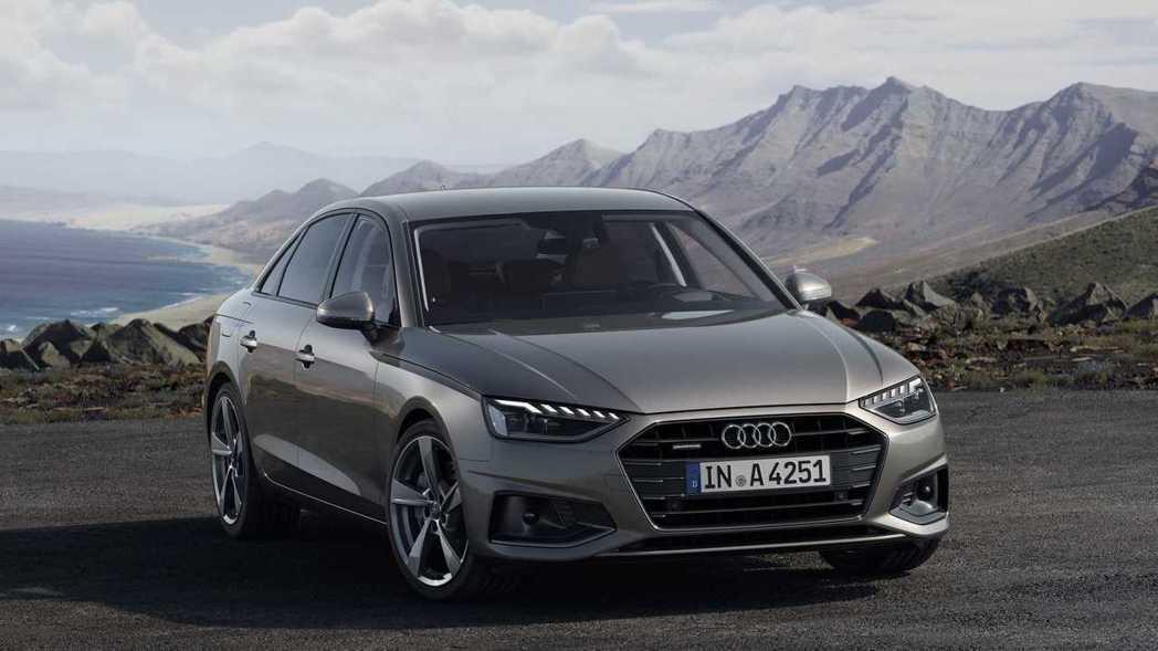 去年才小修造型的A4,這次又再度更新車頭樣式。 摘自Audi
