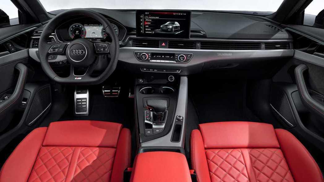 Audi S4可選用紅色皮革的內裝,性能味瞬間提升。 摘自Audi