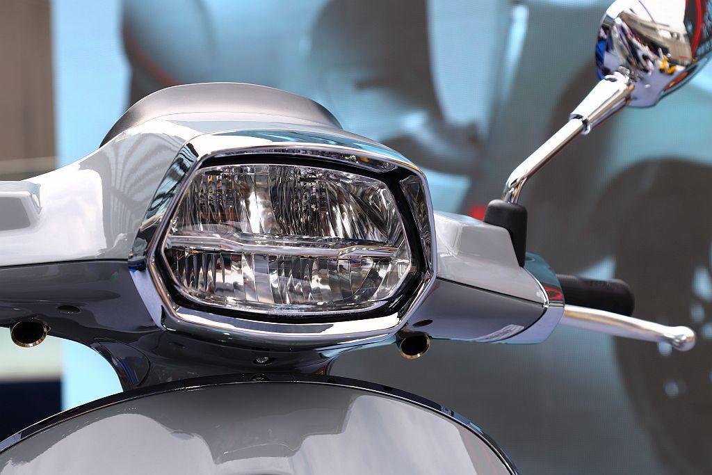 LED頭燈。 記者張振群/攝影