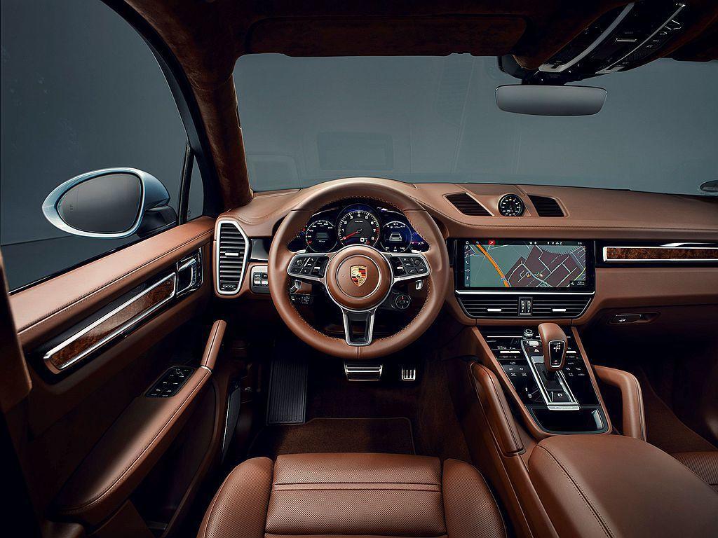 全新Porsche Cayenne S Coupe以485萬臺幣的預售價啟動預接...