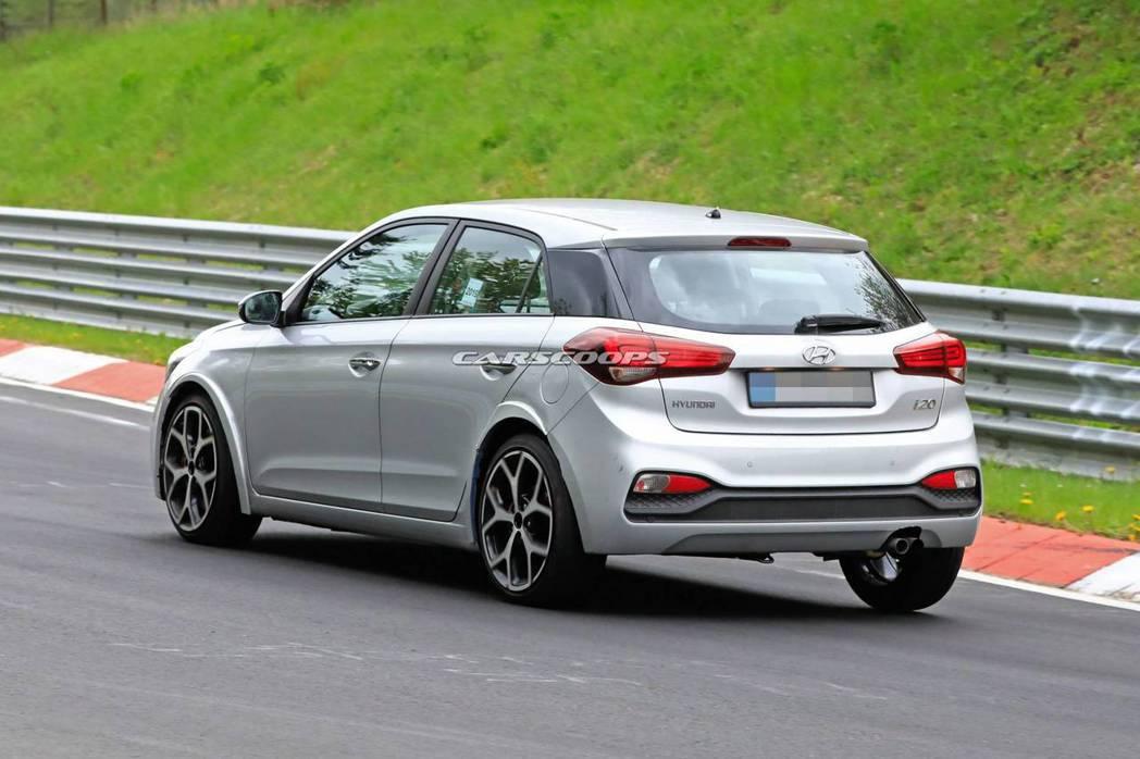 測試中的全新Hyundai i20 N。 摘自Carscoops