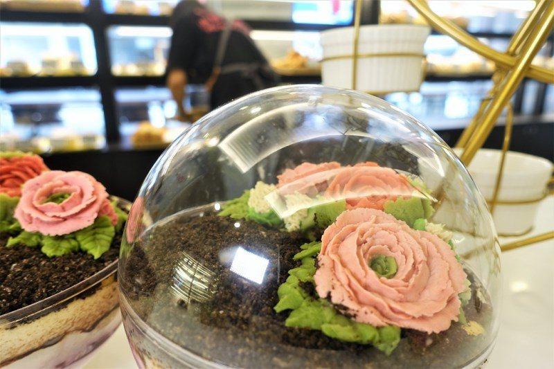 (圖/台灣旅行趣) ▲上面的花朵是用白鳳豆的豆沙做成的。