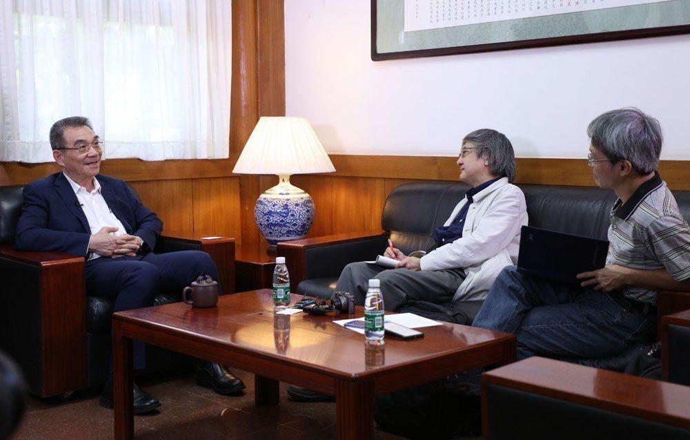 《新新聞》採訪團隊赴北京大學採訪中國大陸具代表性的經濟學家林毅夫。攝影/張國雄
