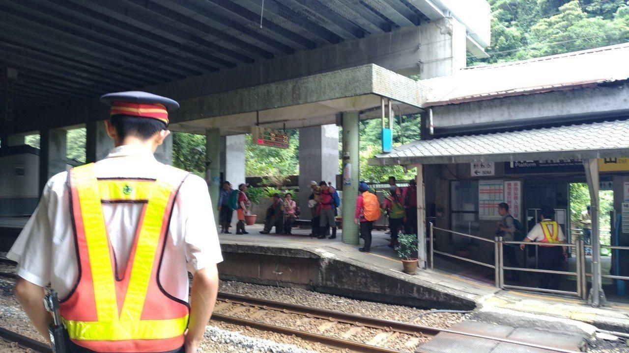 台鐵局擬在7月1日起,實施周休二日制。聯合報系資料照片