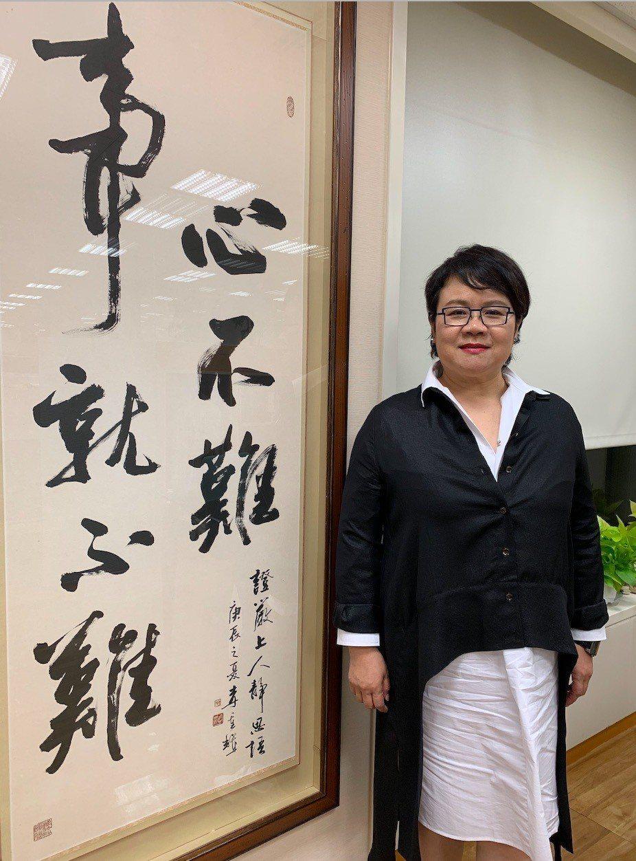 蔡玉玲的人生座右銘,是證嚴法師的靜思語:「心不難,事就不難」。記者黃昭勇/攝影