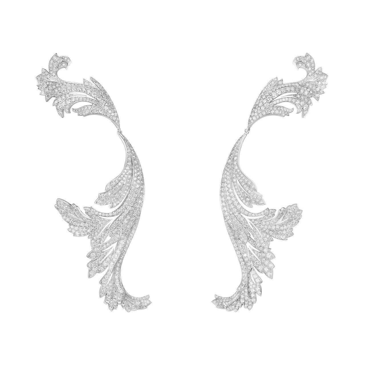 鞏俐配戴寶詩龍頂級珠寶系列FEUILLES DACANTHE耳環,18K白金鑲嵌...