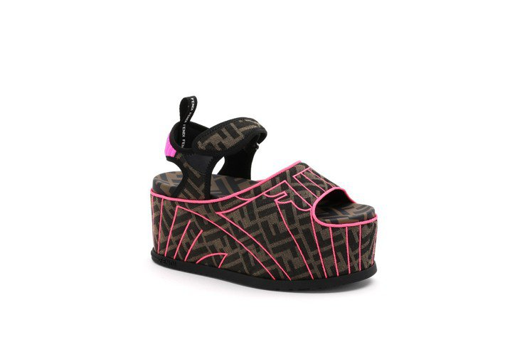 FENDI Roma Amor FFreedom厚底涼鞋,價格店洽。圖/FEND...