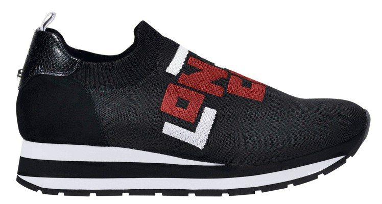 LGP系列黑色運動鞋,售價10,100元。圖/LONGCHAMP提供