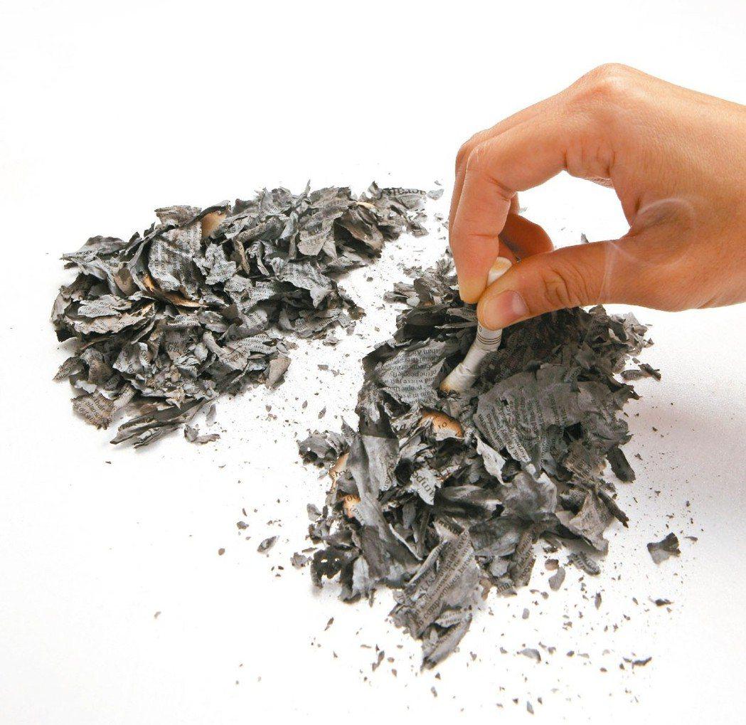 吸菸抑制免疫系統,戒菸可提升抵抗力,是阻擋新冠病毒的不二法門。 本報資料照片