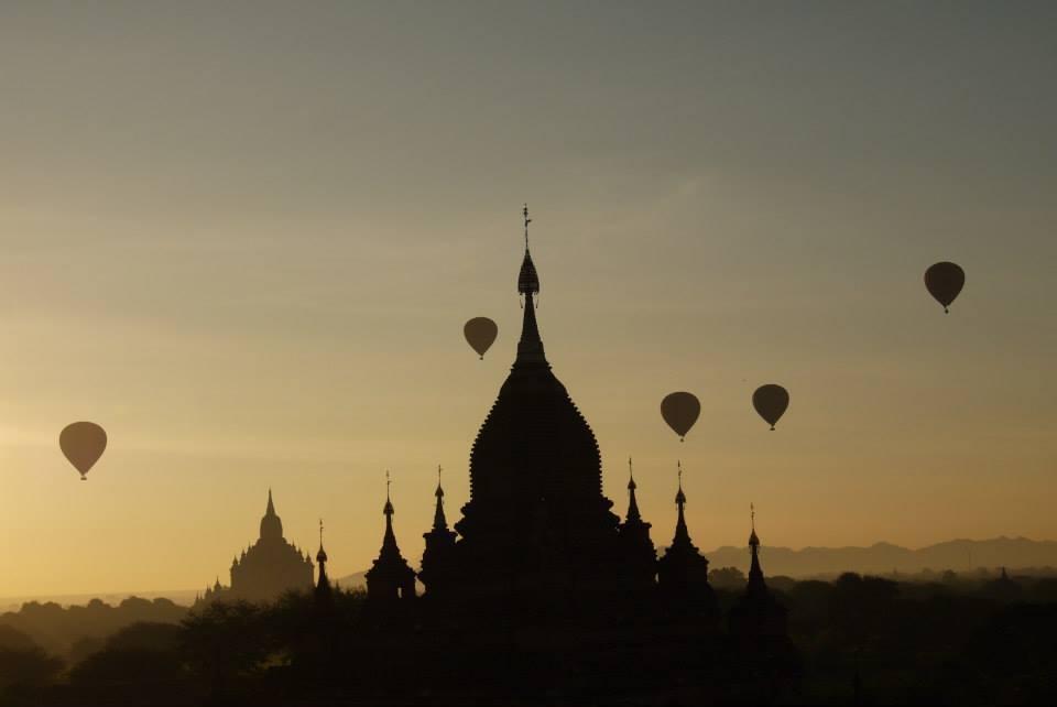 緬甸蒲甘熱氣球賞日出與古蹟群。 聯合報系資料照片