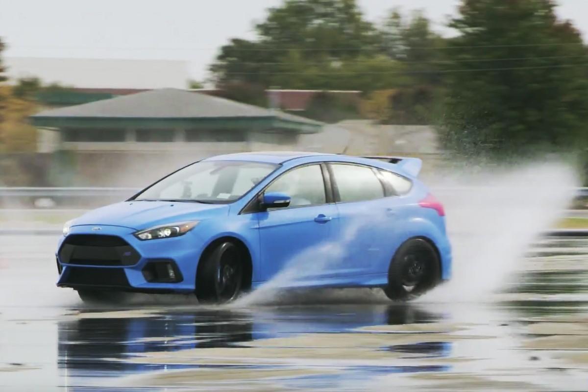 原廠技師用顧客Ford Focus RS來練手排!還好有行車記錄器!