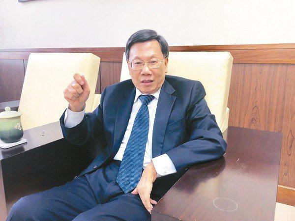 亞洲大學校長蔡進發