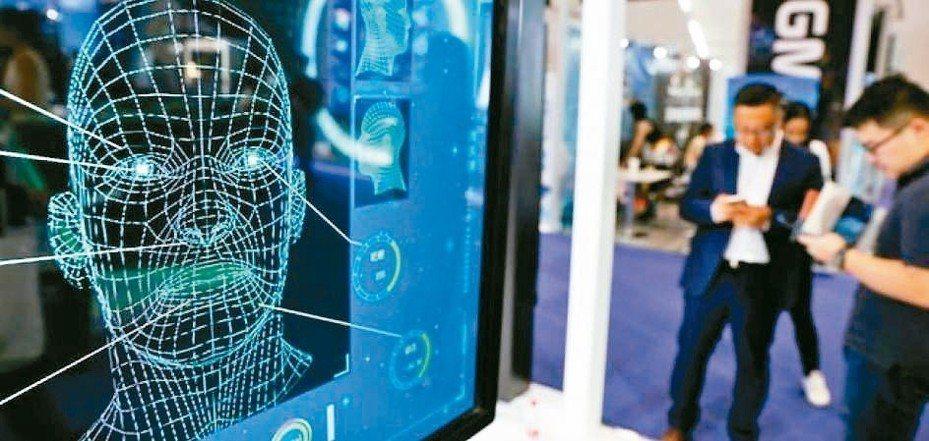 美國舊金山市議會通過決議,禁止警察或其他政府機關在公共場所使用臉部辨識技術,創下全美首例。 路透