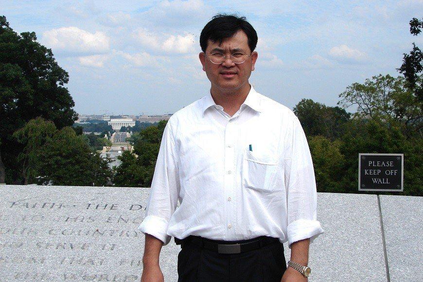 宋晏仁自27歲起身型圓潤,曾胖到危及生命,嘗試過各種減重方法,最後都宣告失敗。