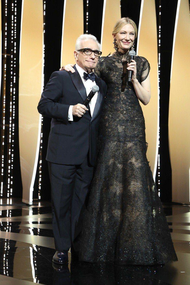 凱特布蘭琪穿著Giorgio Armani Privé的禮服出席2018年坎城影...