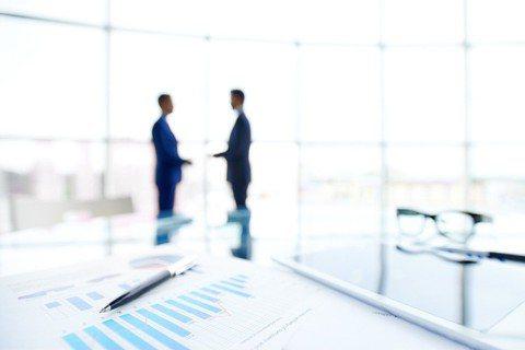 企業一旦出現道德問題,不僅損及長久經營的商譽,更可能直接對企業獲利造成負面衝擊。...