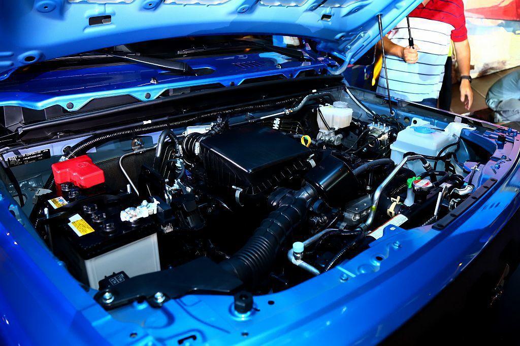 全新Suzuki Jimny動力搭載1.5L自然進氣汽油引擎,具備102ps最大...
