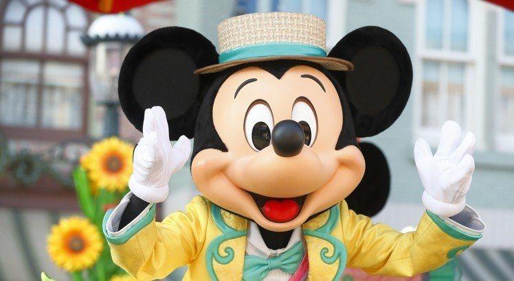 迪士尼樂園受到許多大小朋友喜愛。圖/men's uno 提供