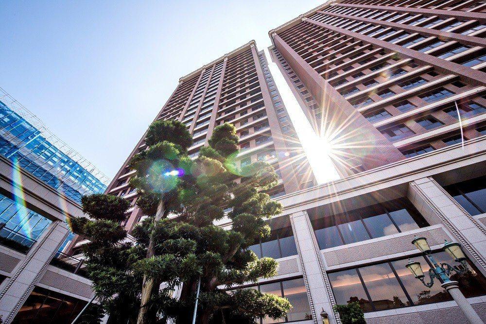 中悦建設機構是豪宅代名詞,而這背後經營卻是隱含了許多不同於他人的企業經營理念,圖...