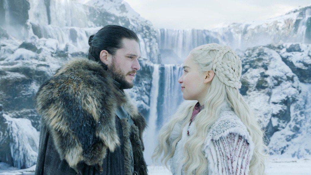 「冰與火之歌:權力遊戲」最終季劇情雖爭議,收視卻屢創新紀錄。圖/HBO提供