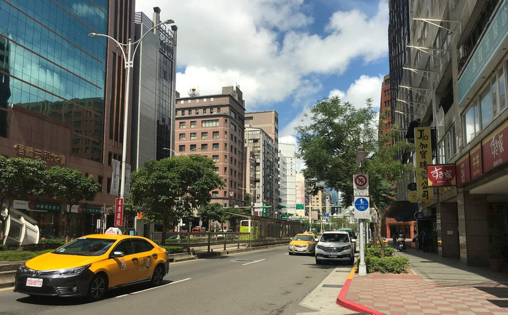 北市大安區屬市中心精華地段,為豪宅交易熱區。 記者游智文/攝影