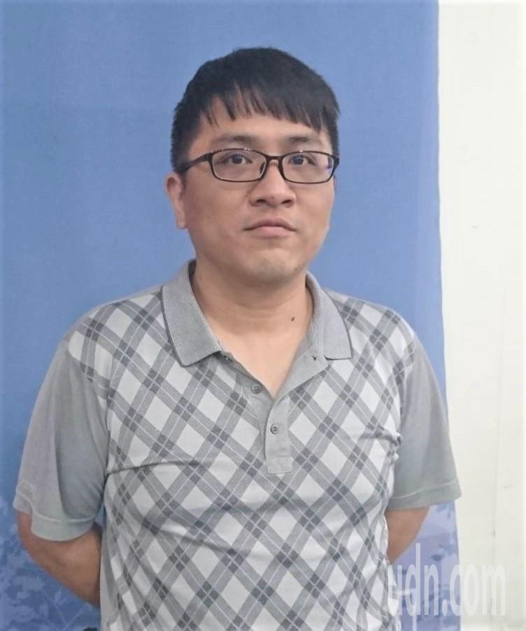 40歲的照顧者蔡先生照顧雙親已長達13年,一度想要放棄。他說,如果能重來一次,他...