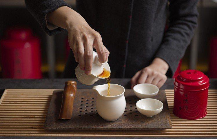 誠品生活日本橋店,王德傳茶莊首度赴日展店,將在書區旁設置茶文化沙龍。圖/誠品提供