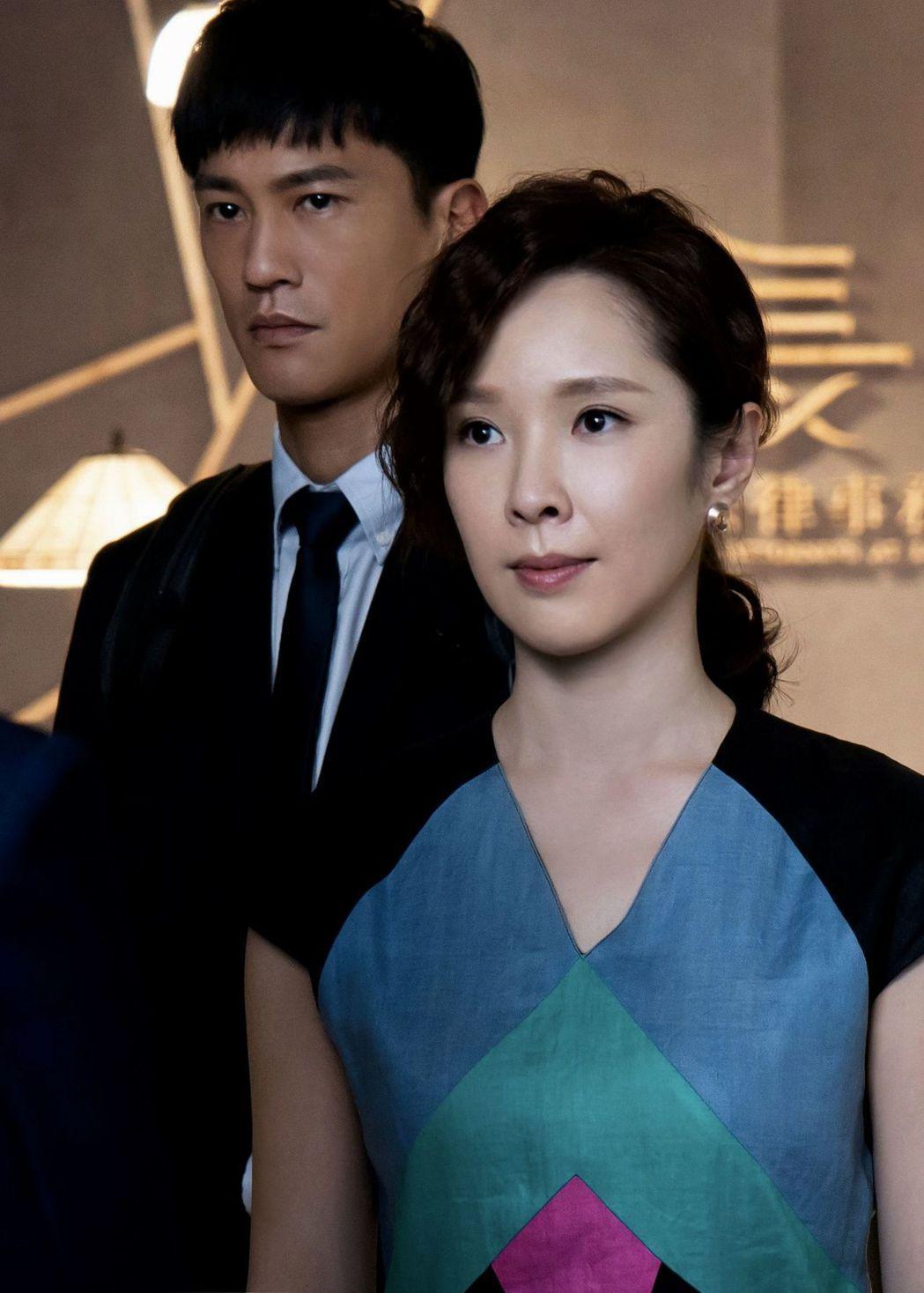 鍾承翰(左)在「最佳利益」中演菜鳥律師,和天心有對手戲  圖/中天提供