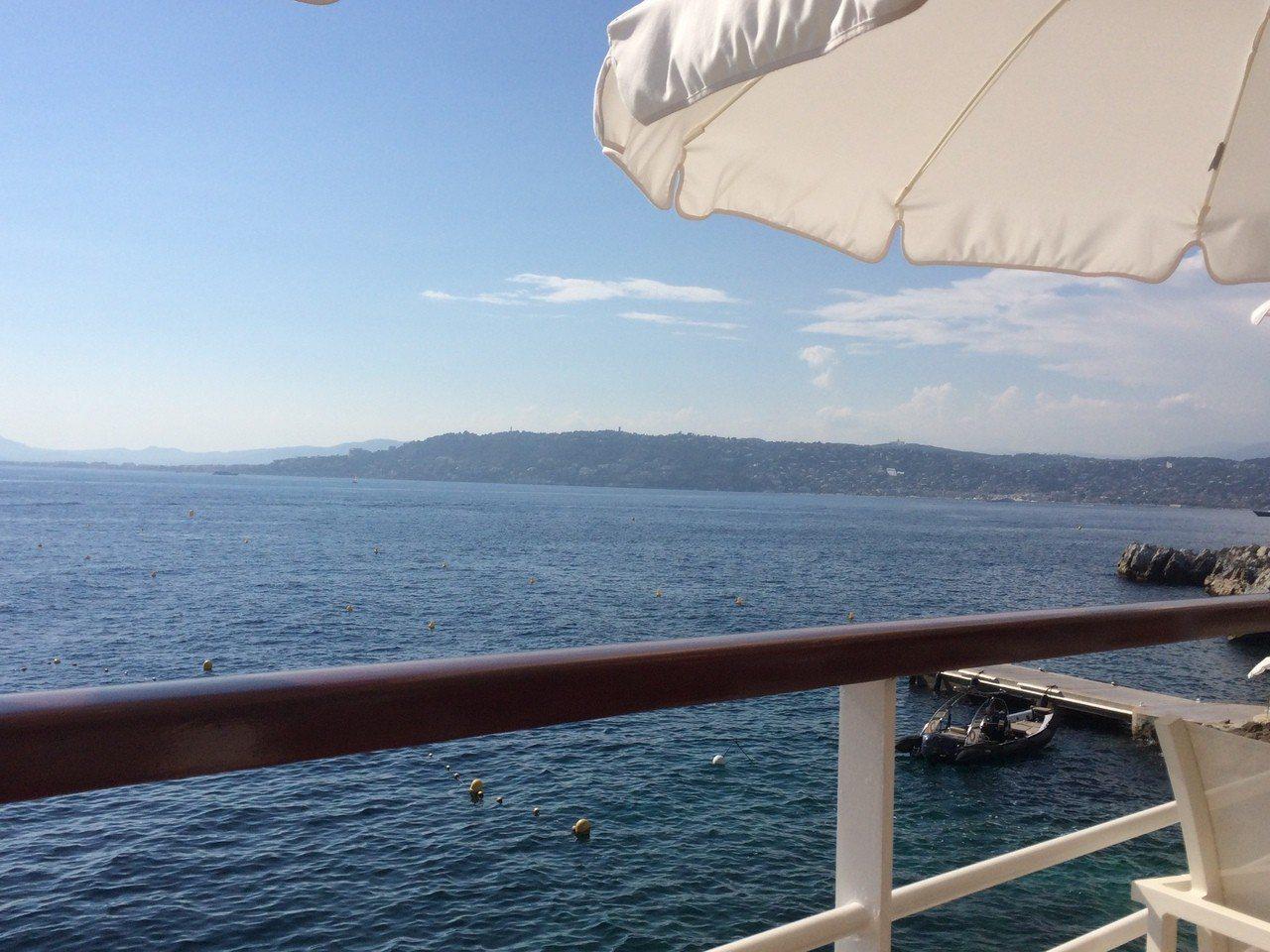 蔚藍海岸French Riviera景致。圖/agnès b. 提供