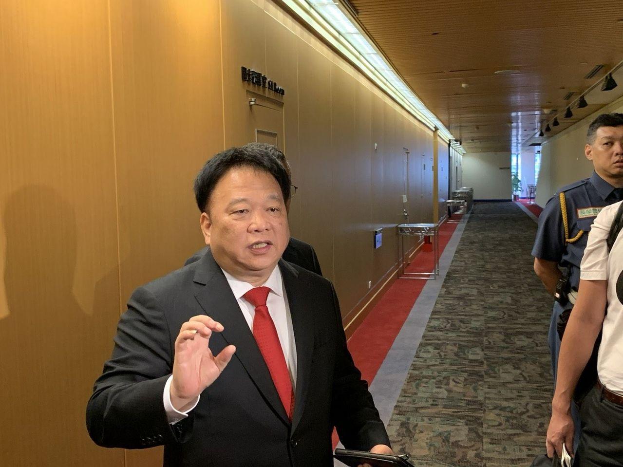 JDI欲打造「台日陸面板聯盟案」一再延宕,有意參與注資的TPK董事長江朝瑞昨日透...