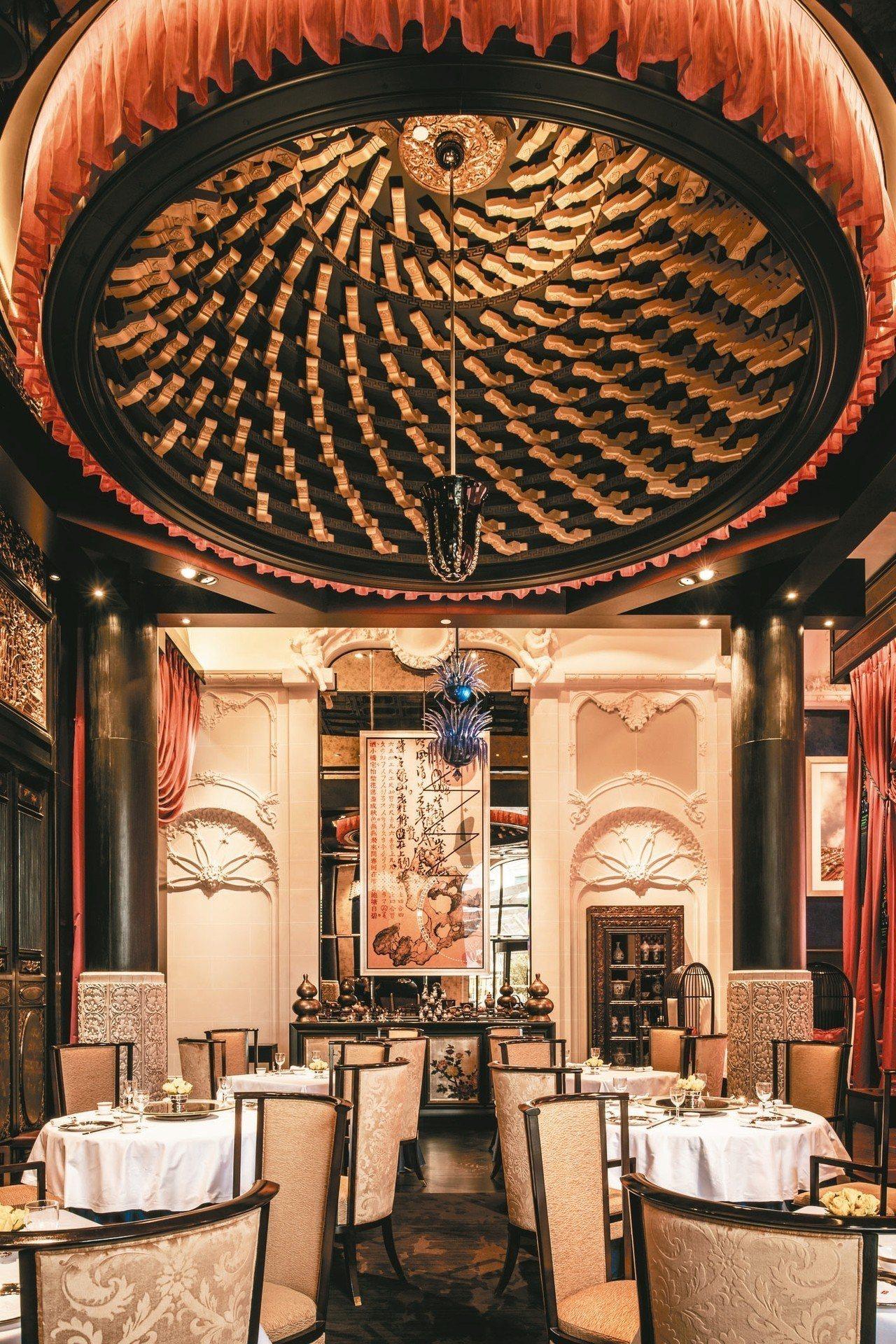 以二○年代著名京劇女伶莉莉為名的中餐廳「莉莉Li Li」。 圖/謝忠道