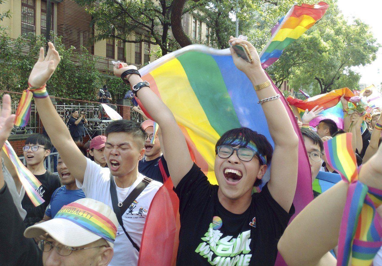 幸福太突然 台灣同婚合法讓中國微博沸騰