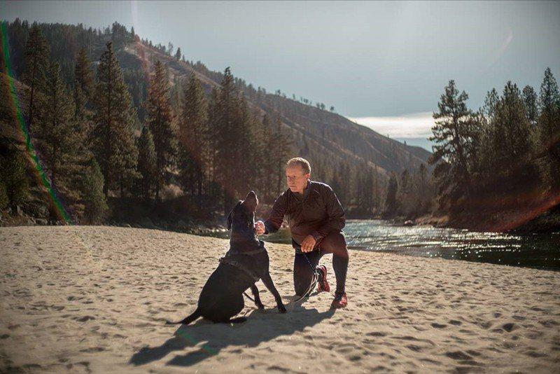 狗狗Jake接棒Peety成為Eric現在的跑步夥伴。 圖/百靈佳殷格翰 提供