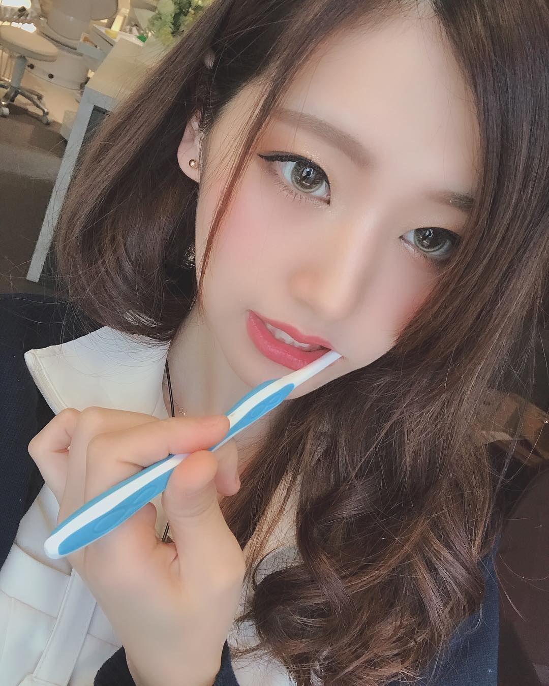 Hana是日本一名牙醫助理。 圖/翻攝自PTT