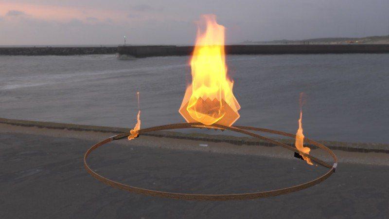 金紙的火苗將沿著引線延燒至閃燃紙,讓天燈在空中完全燃燒。文化銀行/提供