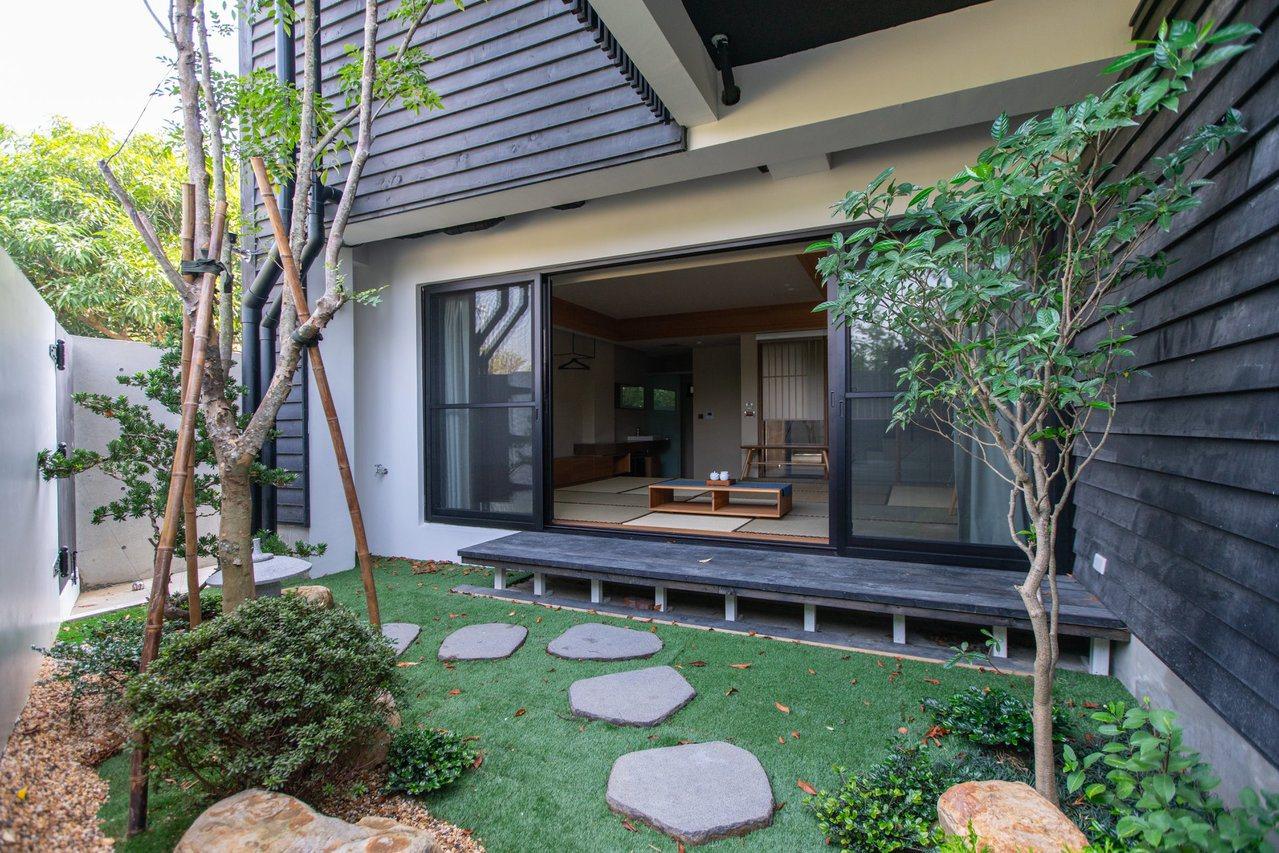 圖/雅致的庭院。擷取自餘光 台南漁光島民宿