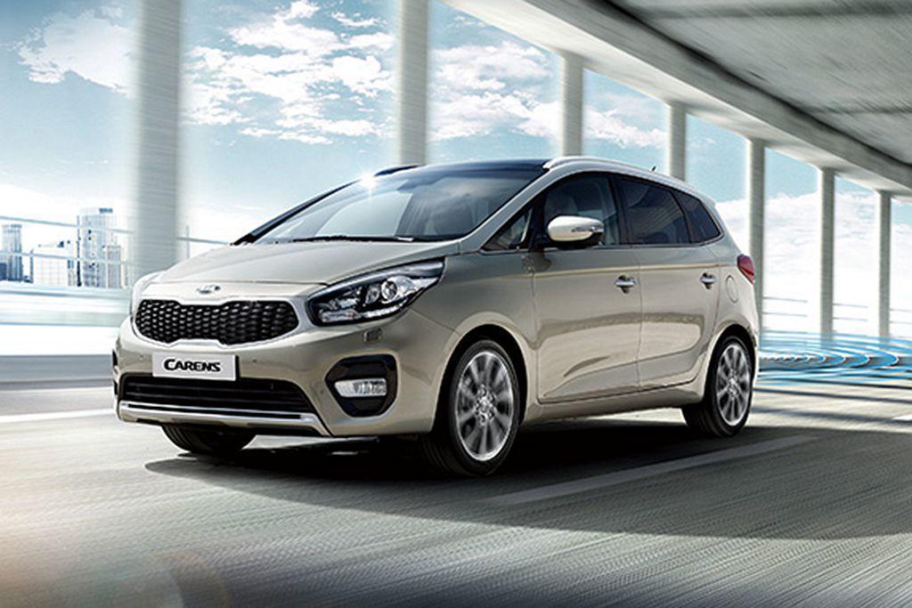 Kia Carens中最便宜的CRDi柴油科技版,花費87.9萬就可以買到141...