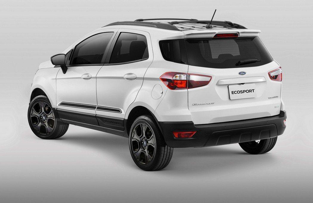 Ford EcoSport「布萊克•懷特」限量版,配備「布萊克•懷特限量版套件」...