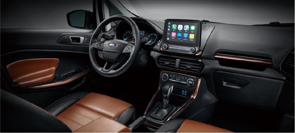 Ford EcoSport「布萊克•懷特」限量版內裝以黑、棕色彩混搭。 圖/福特...