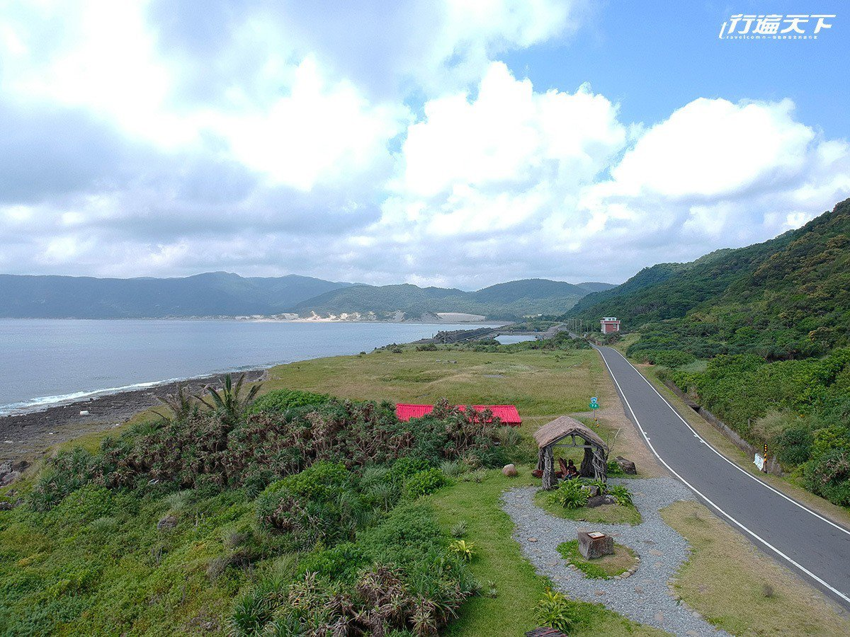 車行台26線省道,遼闊無際的太平洋就在眼前。