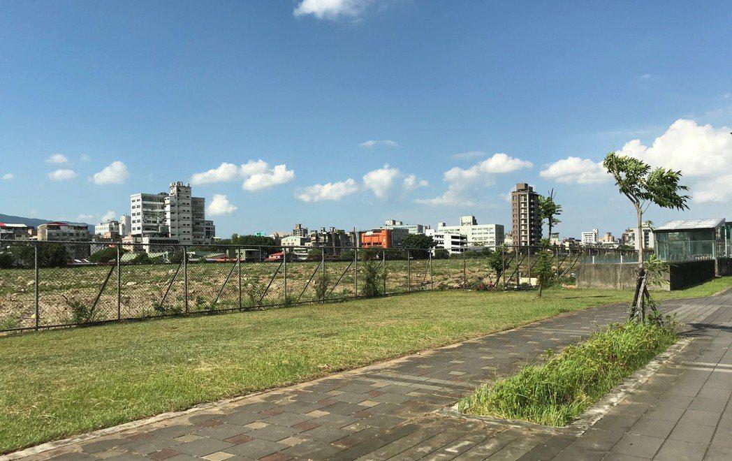 據統計,今年前四個月全台土地交易已逾830億元。記者游智文/攝影