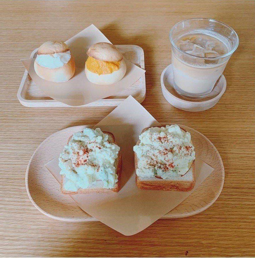 IG網友分享貝克宅的小圓麵包與酪梨蛋沙拉三明治。IG @skymandy_c提供