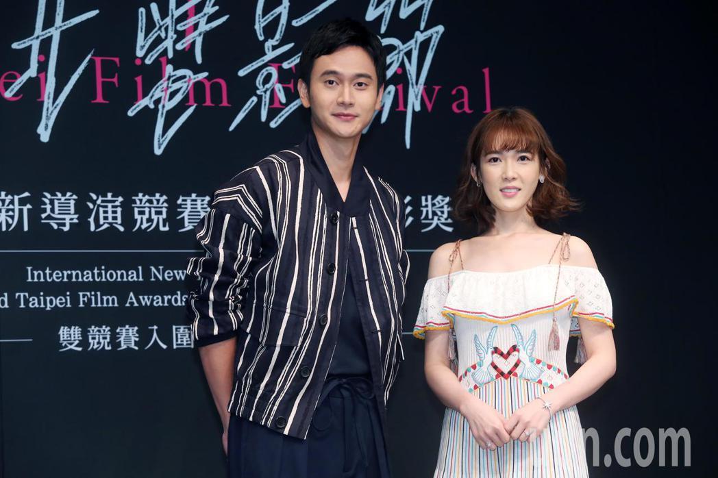 劉冠廷(左)、孫可芳(右)擔任第21屆台北電影獎入圍揭曉嘉賓。記者徐兆玄/攝影