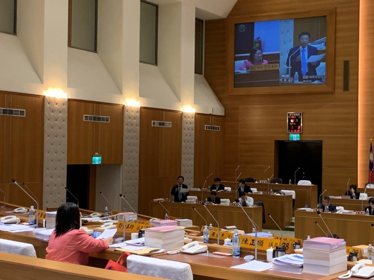 新竹縣議員彭余美玲今天在縣政總質詢關心竹東鎮缺乏親子設施,希望縣府能在幅員遼闊的...
