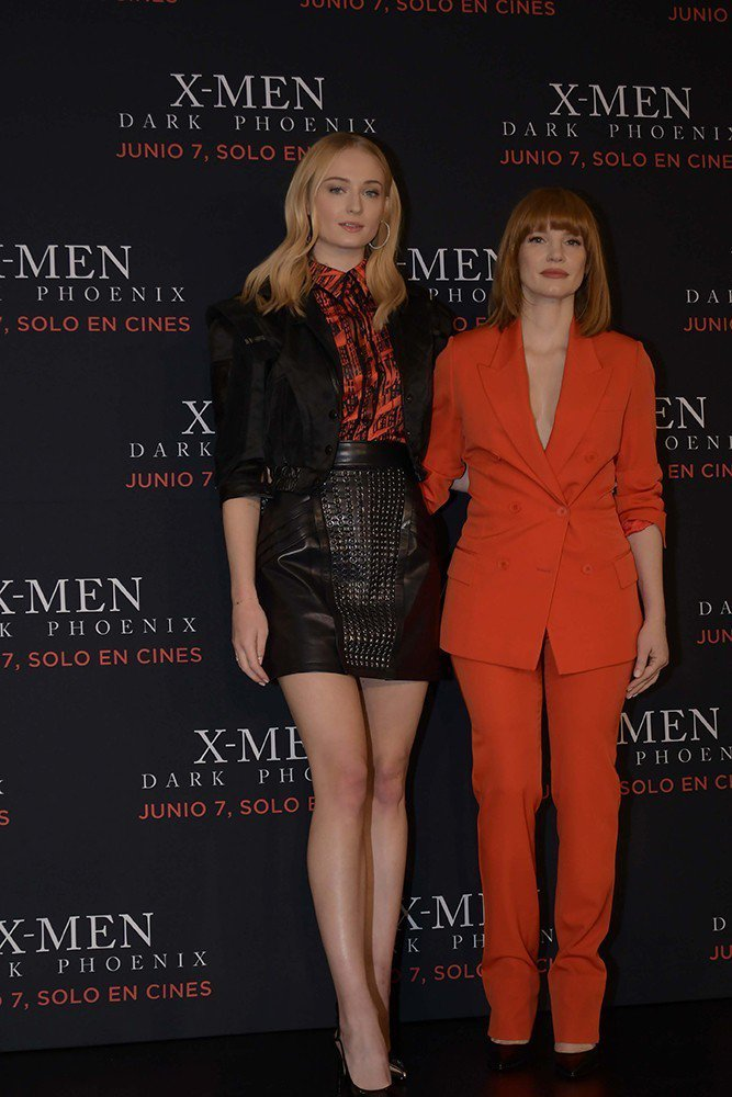 蘇菲坦納、潔西卡雀絲坦在墨西哥宣傳「X戰警:黑鳳凰」。圖/福斯提供