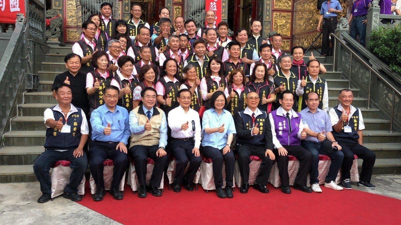 總統蔡英文說,過去3年為台灣打基礎,現在基礎打好了,她要為台灣人蓋一間很美、好用...