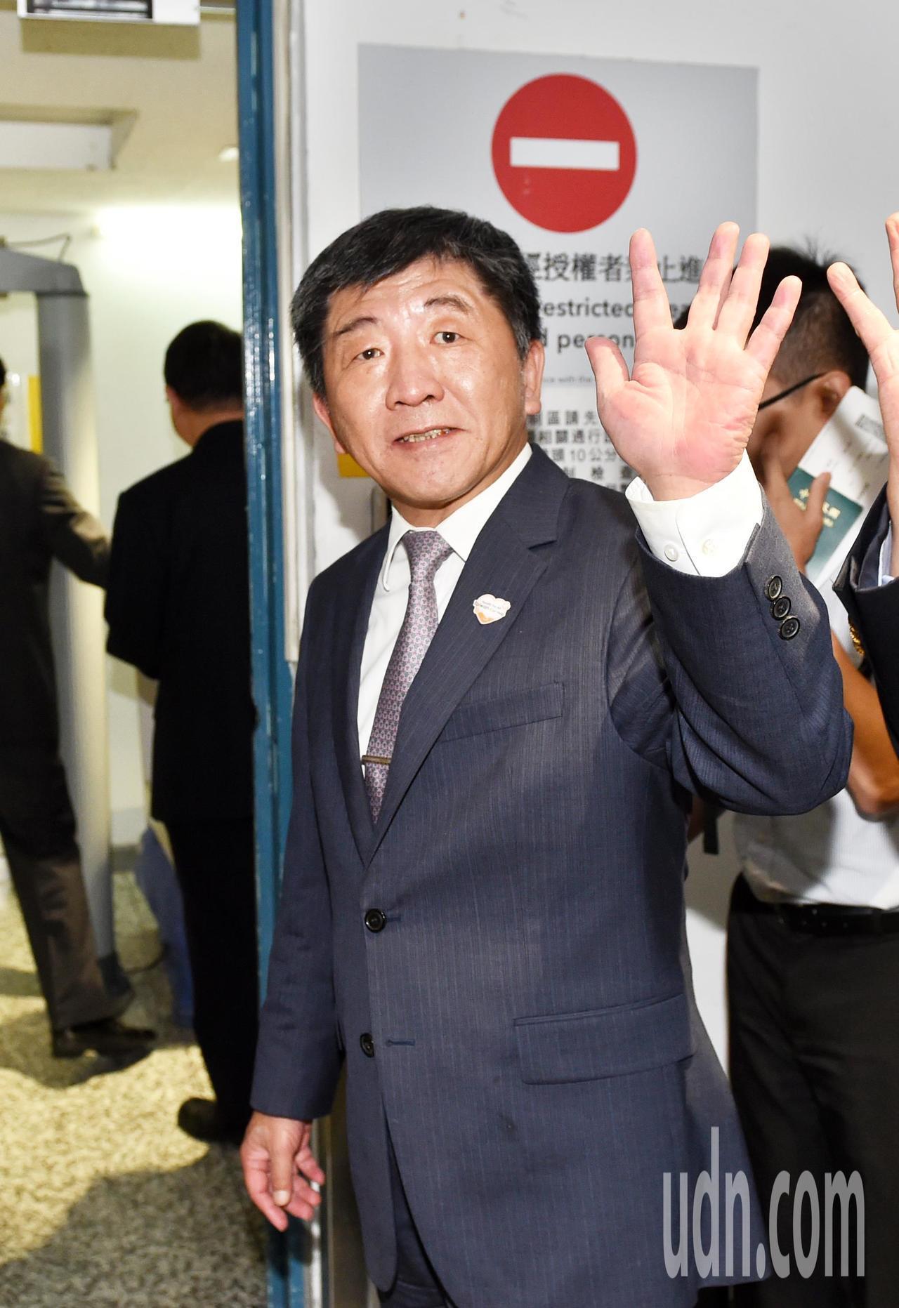 衛生福利部部長陳時中今天清晨從歐洲返台。記者鄭超文/攝影