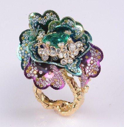 蔡安和藝術珠寶,展位B5。 愛不釋手公司/提供