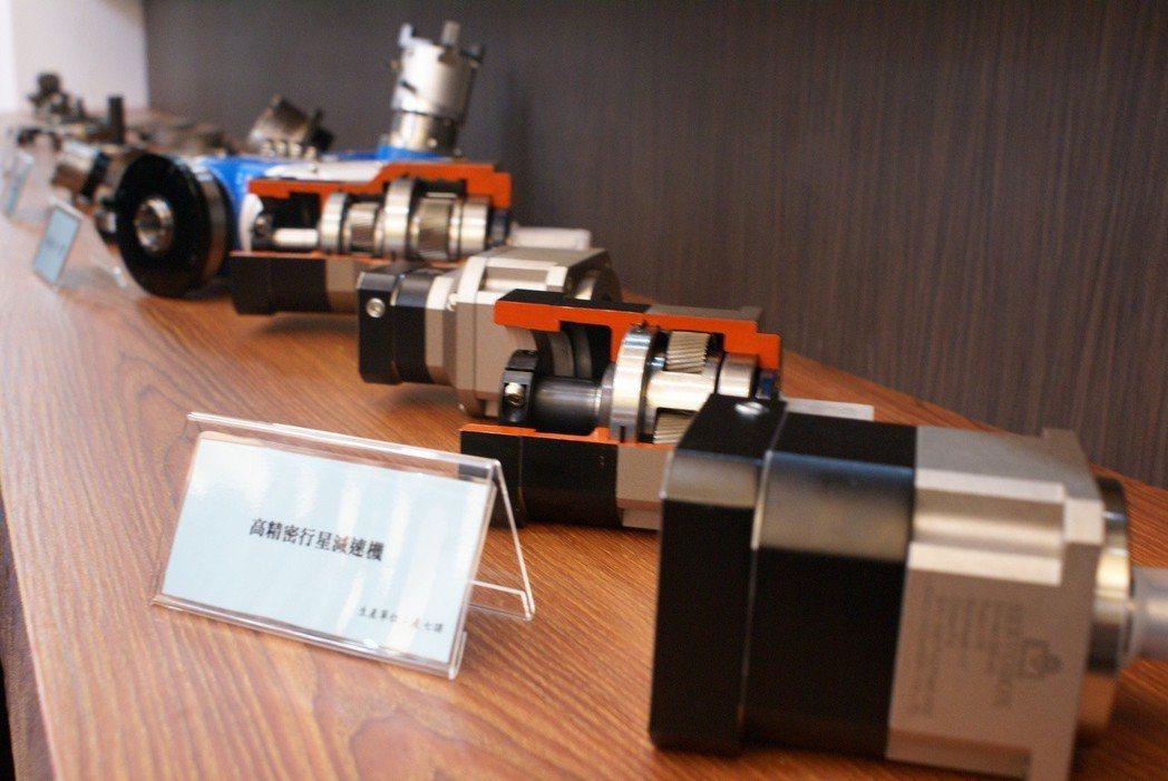 利茗機械為台灣最大減速機製造廠,也是目前唯一具備量產,機器人使用諧波減速機及擺線...