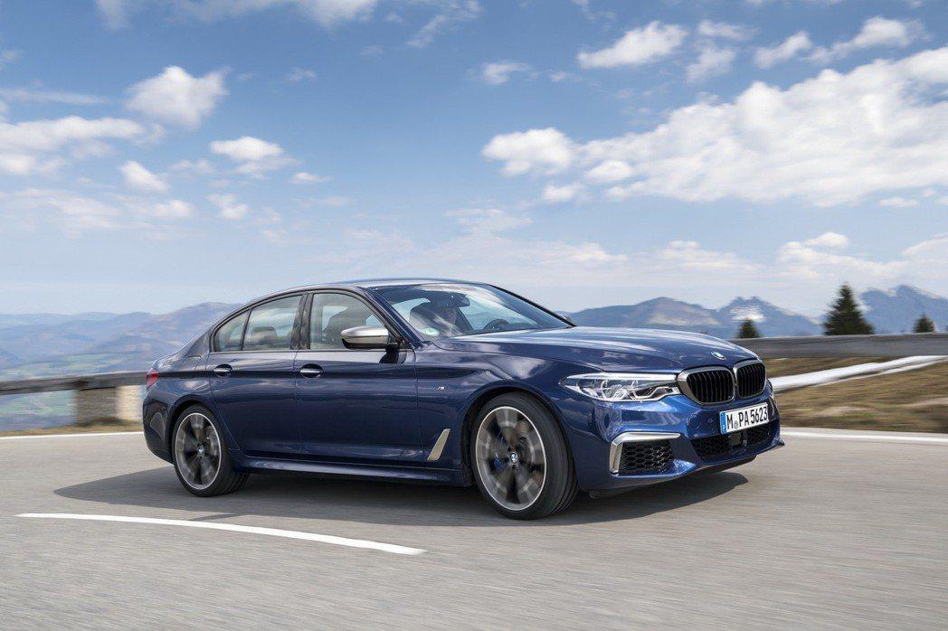 BMW M550i xDrive的動力將在今年夏季獲得升級。 摘自BMW